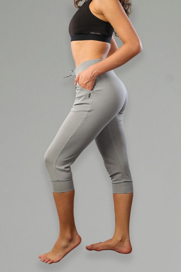 Everyday Seamed Capri Jogger for Women- Grey